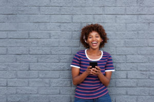 faire rire une fille par sms